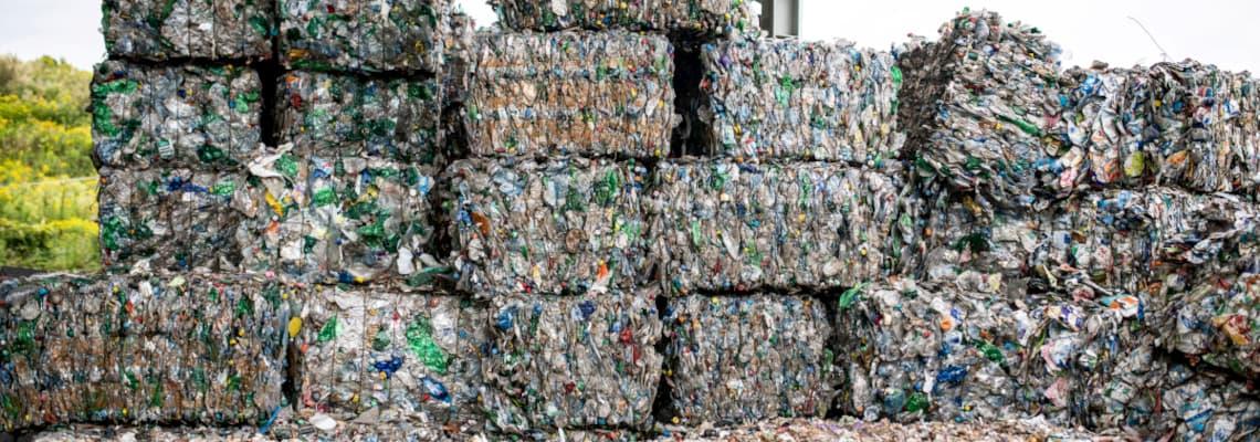 recyclebarer Müllberg